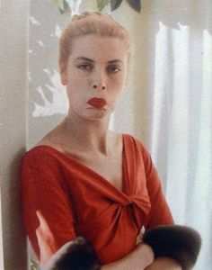 Princess Grace of Monaco. Funny face.