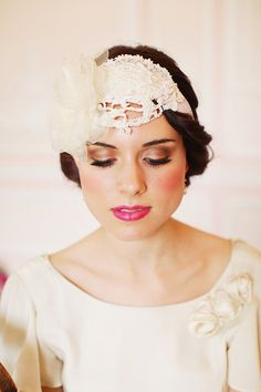 Raspberry lips and a gorgeous headpiece Bridal Make Up, Bridal Looks, Bridal Style, Bridal Photoshoot, Bridal Shoot, Wedding Accessories, Hair Accessories, Old Hollywood Wedding, Wedding Braids