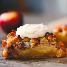 Äppelpajkladdkaka. Apple Recipes, Sweet Recipes, Baking Recipes, Cake Recipes, Dessert Recipes, Grandma Cookies, Cookie Cake Pie, Dessert For Dinner, Different Recipes