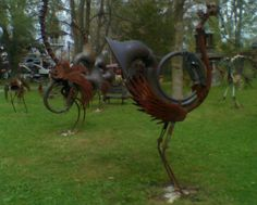 Located a few miles north of Sauk City, Wisconsin, Every's site is dominated by the Forevertron but also contains countless supporting objects, sculptures, and rusting sculptures of birds playing orchestral instruments.
