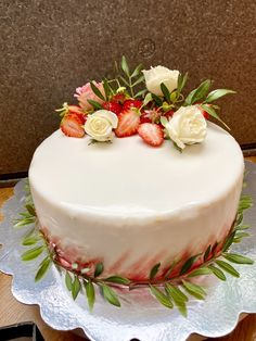 Cake, Desserts, Food, Pistachios, Strawberries, Homemade, Pie Cake, Meal, Cakes