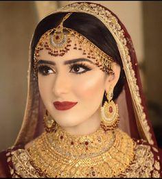 Asian Bridal Dresses, Wedding Dresses For Girls, Bridal Outfits, Saris, Pakistani Bridal Makeup, Bridal Lehenga, Bridal Makeup Looks, Bridal Beauty, Pretty Makeup