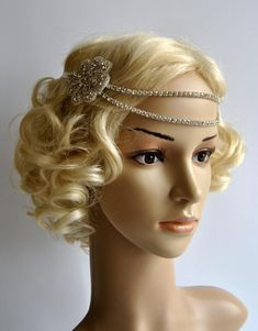 Bridal Rhinestone Headband 1920s The Great by BlueSkyHorizons Flapper Headpiece, Flapper Headband, Tie Headband, Silver Headband, Rhinestone Headband, Wedding Headband, Headbands, Wedding Hairstyle, Hairstyle Ideas