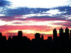 Sunrise over Bangkok city Seattle Skyline, New York Skyline, Morning Sky, Beautiful Sunrise, Bangkok, Exotic, Beer, The Incredibles, Club