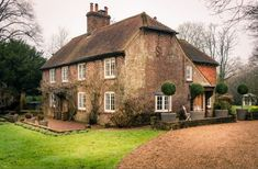 1900 s English Countryside House Breathing With Style