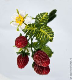"Купить Броши ""Долой весенний авитаминоз"" - брошь, вишня, земляника, клубника, малина, черешня"