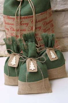 Be unique this Christmas with these reusable Gift Bags! They would be great for small gifts, treat bags or for favor bags at your Christmas party. You will receive a set of 4 burlap gift bags made with natural and forest green burlap. 4 jute twine ties will be included with your purchase. 4