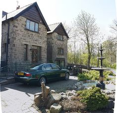 The Green, Hope (Sleeps 18) No price Showing as avail on one site but not another for weekend 5-7.  Avail 12-14. Can't see price at the mo.  Also on:  https://www.cottagegems.com/obj/derbyshire/luxury-country-house-peak-district-national-park-i-53.htm Peak District, Holiday Lettings, Derbyshire, Cabin, Luxury, House Styles, Green, Country, Park