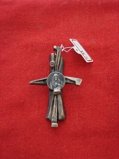 Jesus Christ Crucifix Holy Nails drop blood Cross Made solid Silver & Bronze Canada