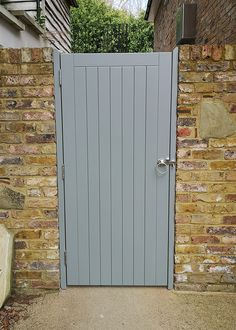Smart Bespoke Avenue Gate- Smart Bespoke Avenue Gate Smarten up your garden entrance with a new gate like this bespoke gate painted in Pebble. Get in tough for a quote or shop our ready-made gates online. Garden Entrance, Garden Doors, Entrance Gates, Wooden Side Gates, Wooden Garden Gate, Wooden Driveway Gates, Wood Fences, Backyard Gates, Garden Gates And Fencing
