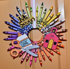 Adorable crayon wreath! We are making one for my son's first day of preschool - gift to the teachers! :-)