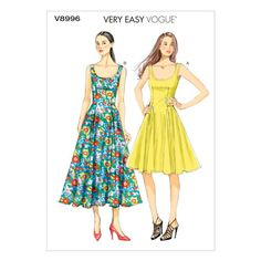 Sewing Clothes Patterns Vogue Patterns Misses - Lined dress (close-fitting through bust), has lower princess seams, side front pockets, back zipper and narrow hem.Size Range: MissesGarmet Type: DressDesigner: Very Easy Vogue Dress Sewing Patterns, Vintage Sewing Patterns, Clothing Patterns, Sun Dress Patterns, Dress Paterns, Summer Patterns, Pattern Dress, Fit And Flare, Fit N Flare Dress