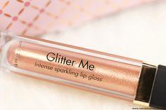 Sur mon blog beauté, Needs and Moods, je vus parle du Glitter Me Lip Gloss de Sleek MakeUP. Je possède la teinte Money Talks. Il fait partie de la 24K Gold Collection.  http://www.needsandmoods.com/glitter-me-sleek/  @sleekmakeup #sleek #sleekmakeUP #gloss #glitter #glitterme #moneytalks #maquillage #makeup #muotd #blog #beauté #beauty #blogger #blogueuse #revue #avis #blogbeauté #lipstick #lipcticks #24kgoldcollection