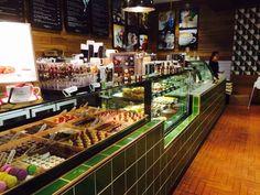 Oliver Brown cafe