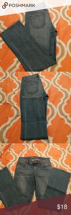 Mid-Rise Light Wash Jeans Soft, mid-rise jeans, light wash. Old Navy Jeans Boot Cut