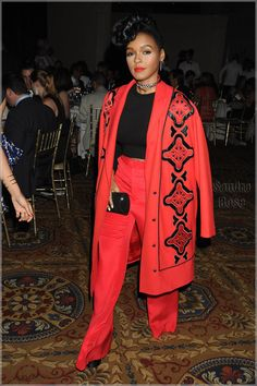 red and black coat + black cropped sweater + red wide leg pants + black clutch Dandy, Parka, Outing Outfit, Smoking, Beautiful Black Women, Beautiful Things, High Fashion, Womens Fashion, Mode Inspiration