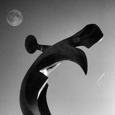 Escultura 'Conmemoración del día del mar', Paseo de Uribitarte_VICENTE VÁZQUEZ CANÓNICO www.bilbaoarchitecture.com