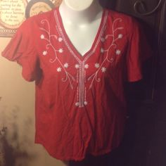 Red top with white detail Short sleeve Collections ETC Tops