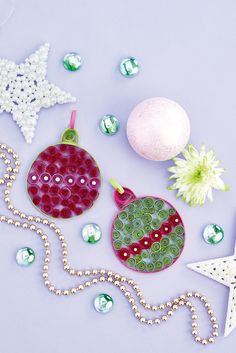 How gorgeous are these quilled baubles?  // From PaperCrafter issue 99