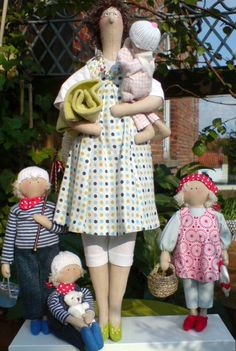 "tee.hee.hee.  this is a cute ""family portrait"" of tilda dolls! LOVE it!...."