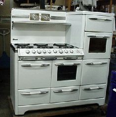 Antique Gas Stoves - Stove restoration - see how we restore our ...