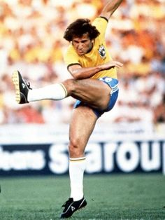 Zico of Brazil in shooting action at the 1982 World Cup Finals. Football Stickers, Football Art, National Football Teams, Sport Football, Football Boots, Football Players, Soccer Pro, Kids Soccer, Soccer Stars