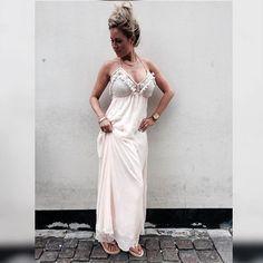 #buchcopenhagen så er den smukke kjole landet på Østerbro
