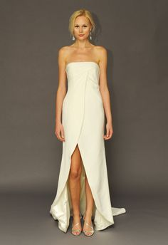 Classic in nature, these gowns has a quintessential bridal feel without becoming a part of the norm. Take a look at Alyne by Rita Vinieris Spring 2015 gowns. Couture Wedding Gowns, 2015 Wedding Dresses, Wedding Attire, Bridal Gowns, Tulip Wedding, Wedding Flowers, Bridal Fashion Week, Gorgeous Wedding Dress, Bridal Outfits