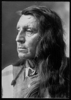 Ógle Lúta Native American Tribes, Native Americans, Us History, American History, Quanah Parker, Pictures Of People, Sioux, Red Shirt, First Nations