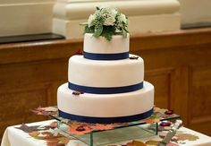 Classy white wedding cake can save you money Cheap Wedding Cakes, Wedding Planning, Wedding Ideas, Wedding Bells, Vintage Dresses, Wedding Decorations, Reception, Classy, How To Plan