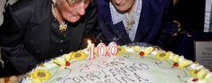 Due sorelle centenarie, Casagiove festeggia Filomena e Camilla a cura di Redazione - http://www.vivicasagiove.it/notizie/due-sorelle-centenarie-casagiove-festeggia-filomena-camilla/