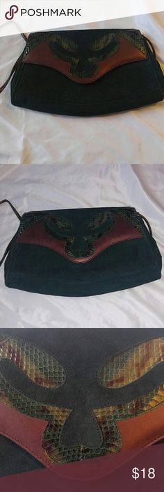Vintage Jasmin suede leather snakeskin purse Green suede leather clutch style purse with removable strap.  Some crackling on inside flap. Jasmin Bags Clutches & Wristlets