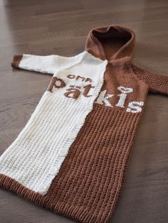 neulovat nakit: Pätkikselle nuttu Ravelry, Needles Sizes, Diy Crochet, Baby Sewing, Baby Knitting, Reusable Tote Bags, Pullover, Baby Things, Pattern