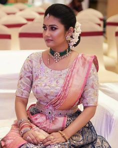 South Indian bride in designer diamond vaddanam, bangles and emerald choker Half Saree Designs, Silk Saree Blouse Designs, Bridal Blouse Designs, Blouse Neck Designs, Fashion Designer, Indian Designer Outfits, Gold Jewellery Design, Gold Jewelry, Bridal Jewellery