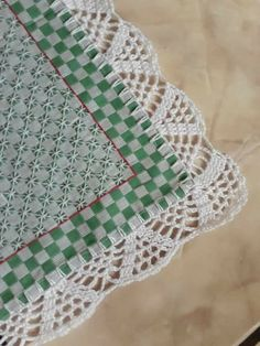 How to Crochet Wave Fan Edging Border Stitch Zig Zag Crochet, Crochet Lace Edging, Crochet Borders, Love Crochet, Diy Crochet, Crochet Doilies, Small Sewing Projects, Crochet Projects, Crotchet Patterns