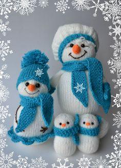 Новый год 2017 ручной работы. Ярмарка Мастеров - ручная работа. Купить Семейство вязаных снеговиков. Handmade. Бирюзовый, Новый Год