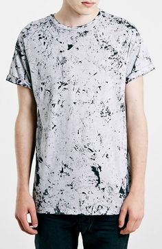 Free shipping and returns on Topman Antarctic Wash Roller T-Shirt at Nordstrom.com. Topman's signature Antarctic wash characterizes a soft, drop-shoulder roller-sleeve T-shirt with craggy definition.