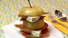 Gevulde appel met blauwe kaas, hazelnoottuile en chips van Ganda Ham | VTM Koken Gezond zonder de Ganda Ham