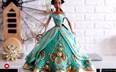 Let us admire this Princess Jasmine's cake details! By: Koalipops Cake Decorating Frosting, Cake Decorating Videos, Birthday Cake Decorating, Cake Decorating Techniques, Birthday Decorations, Bolo Barbie, Barbie Cake, Fondant Cakes, Cupcake Cakes