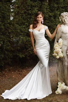 Elegant wedding dress. Re-pin if you like. Via Inweddingdress.com #weddingdress