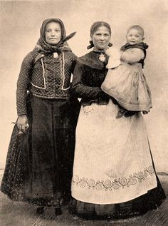 Folk Costume, Costumes, Family Roots, Folk Dance, Woman Within, Hungary, Old Photos, The Past, 1