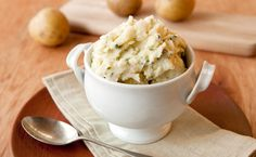 Epicure's Mashed Potato Blues (Blue Cheese Dip Seasoning on sale now! Healthy Side Dishes, Side Dish Recipes, Epicure Recipes, Cheese Mashed Potatoes, Smoothie Drinks, Smoothies, Good Food, Yummy Food, Specialty Foods