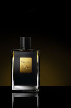 Pure Oud by Kilian. A contemporary interpretation of oud, expressed in many facets by blending the oud with other essential oils such as cypriol oil, gaiac wood oil and saffron oil. This is not for the faint at heart. It's quite powerful & masculine in scent - yet sensual.