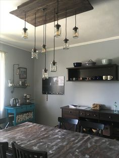 DIY Refinished Ikea Kitchen Table to Distressed look.
