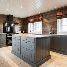 Bilderesultat for kistefos kjøkken Rustic House, Kitchen Decor, House, Renovation Design, Home Kitchens, Kitchen Design, Home Decor, Log Cabin Decor, Beautiful Kitchens
