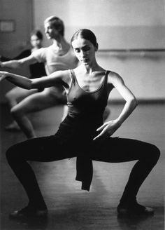 German choreographer Pina Bausch has died. A visionary choreographer and creator of the Tanztheater Wuppertal, take a whirl through her work Pina Bausch, Modern Dance, Contemporary Dance, Alvin Ailey, Shall We Dance, Lets Dance, Ballet Class, Ballet Dancers, Ballerinas