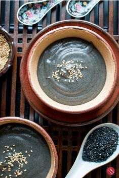 Hot Black Sesame Cereal – Healthy World Cuisine Hot Black Sesame Cereal is the homemade lightened up version of the simply delicious and nutritious toasted black sesame seed hot cereal (tong sui/sweet dessert soup). Asian Desserts, Sweet Desserts, Asian Recipes, Chinese Desserts, Asian Snacks, Japanese Recipes, Tofu Recipes, Water Recipes, Chinese Recipes