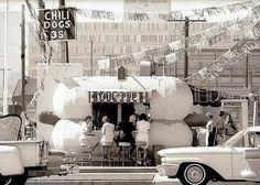 Los Angeles, 1967 © Julian Wasser