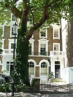 Townhouse in Chelsea, London, once belonging to Captain McAlden. Tanner keeps the place as a sort of safe house.