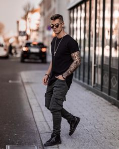 Urban Street Style, Ootd, All Black, Streetwear, Winter Fashion, Men Casual, Hipster, Mens Fashion, Instagram